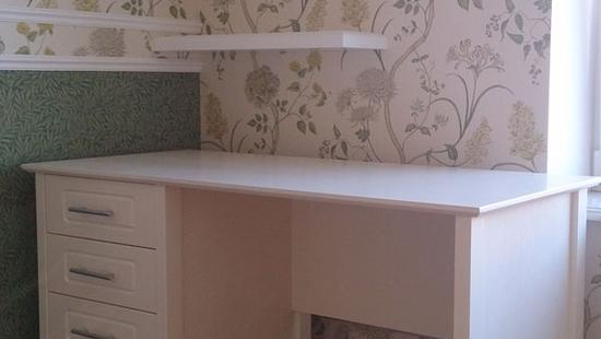 Детская Снежана стол бук (белая эмаль)