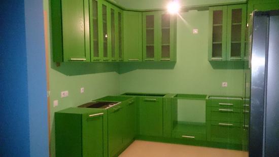 Кухня Вариант дуб (зелёная эмаль)