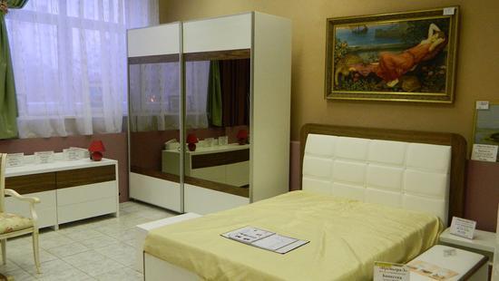 Спальня Анджелина дуб (белая эмаль и ам. орех)
